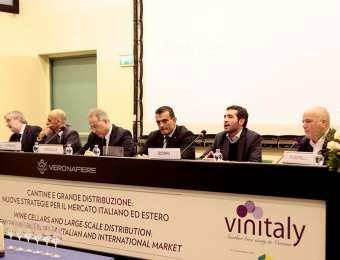 Vinitaly: il convegno su vino e grande distribuzione